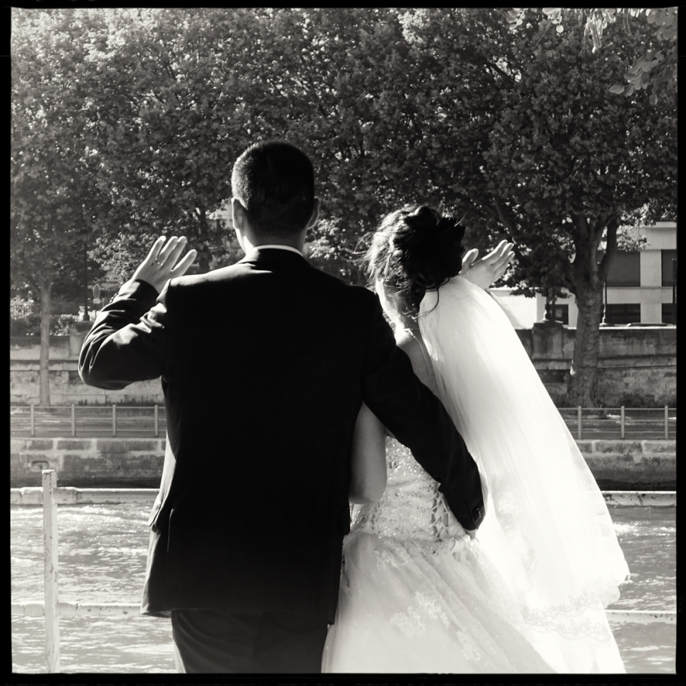 Art and Documentary Photography - Loading GETTING_MARRIED_IN_THE_PARIS_037.jpg