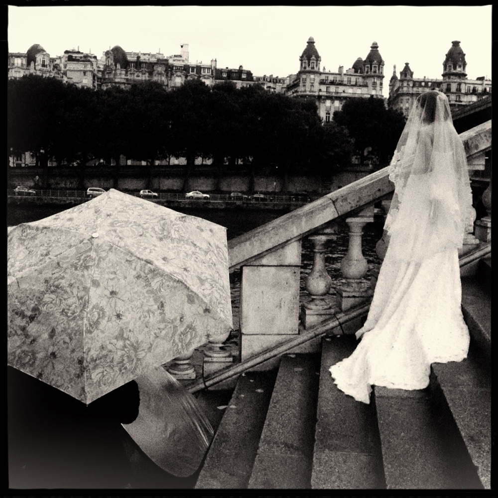 Art and Documentary Photography - Loading GETTING_MARRIED_IN_THE_PARIS_040.jpg