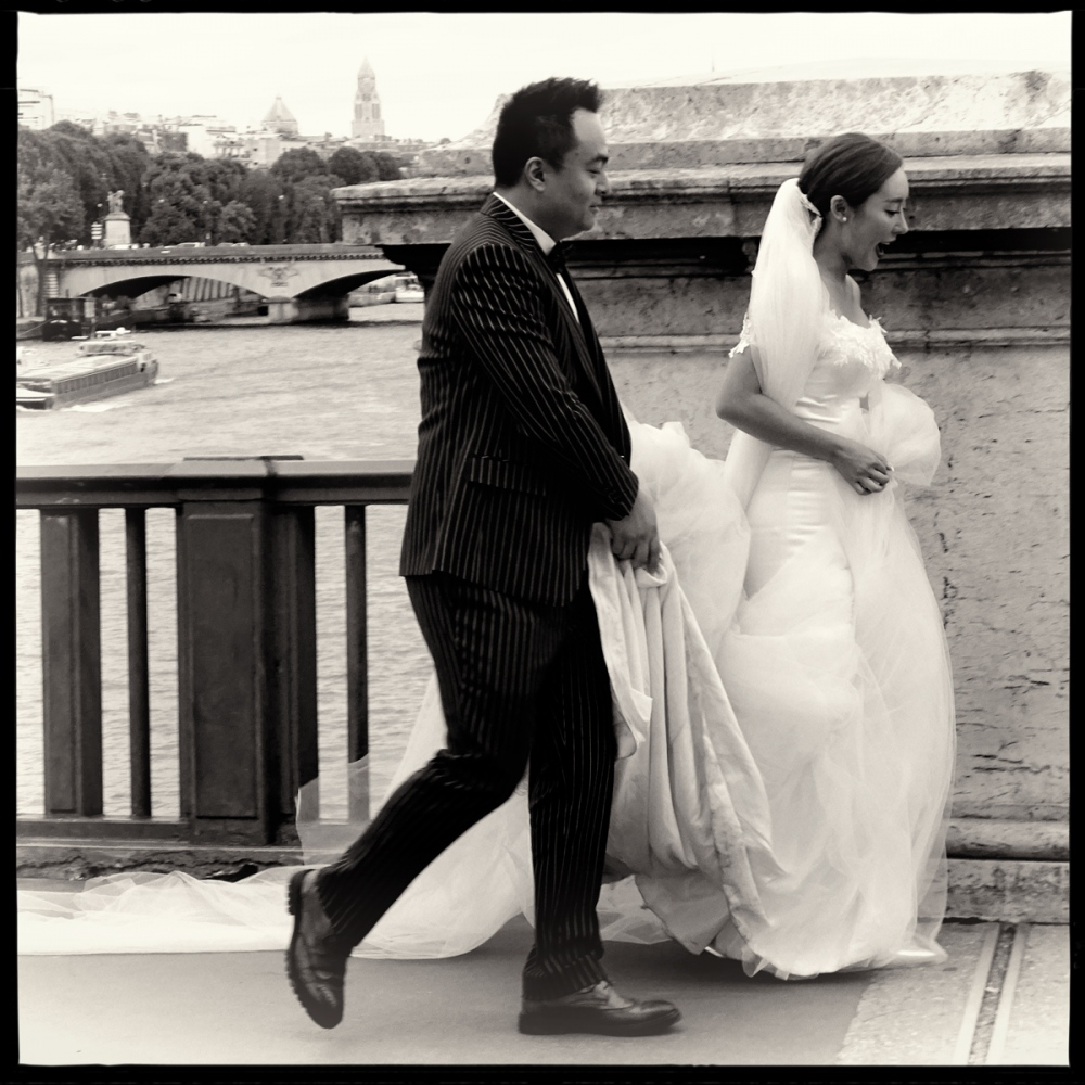 Art and Documentary Photography - Loading GETTING_MARRIED_IN_THE_PARIS_054.jpg