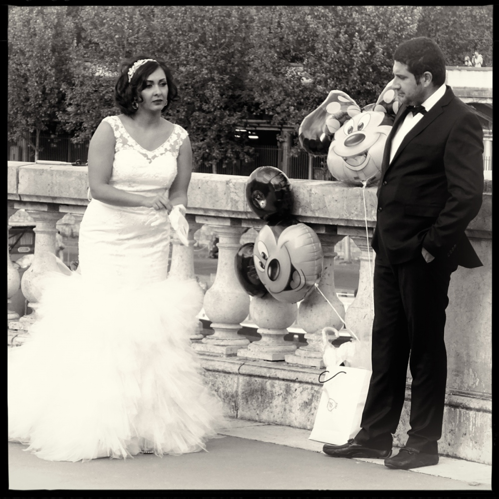 Art and Documentary Photography - Loading GETTING_MARRIED_IN_THE_PARIS_060.jpg