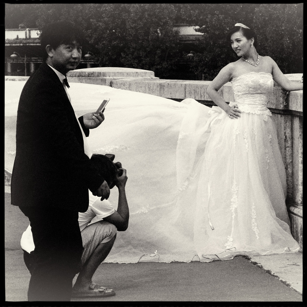 Art and Documentary Photography - Loading GETTING_MARRIED_IN_THE_PARIS_061.jpg