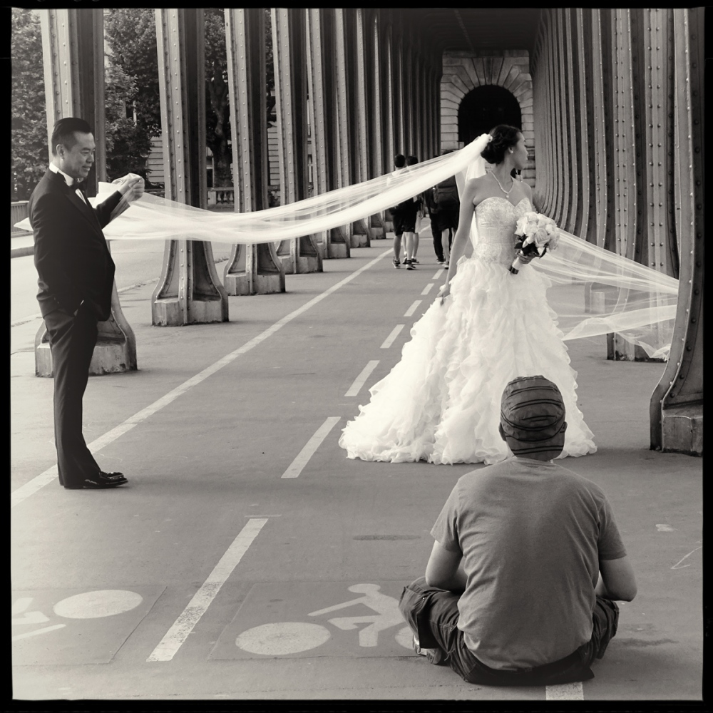 Art and Documentary Photography - Loading GETTING_MARRIED_IN_THE_PARIS_090.jpg