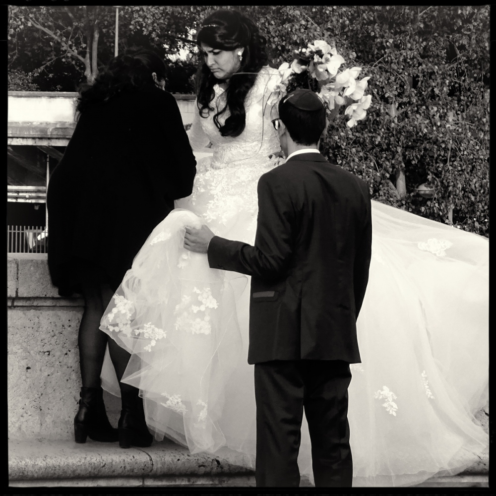 Art and Documentary Photography - Loading GETTING_MARRIED_IN_THE_PARIS_095.jpg