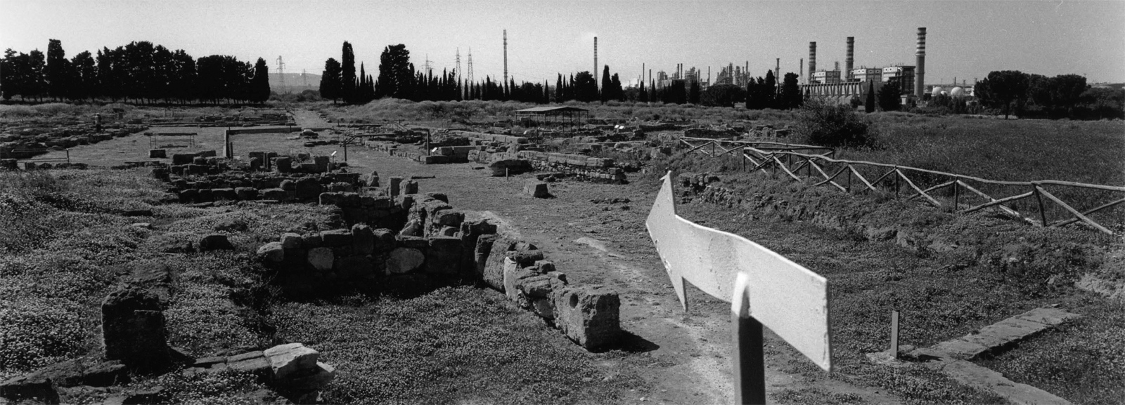 Art and Documentary Photography - Loading Archeologia_in_Sicilia___Fabio_Sgroi_041_.jpg