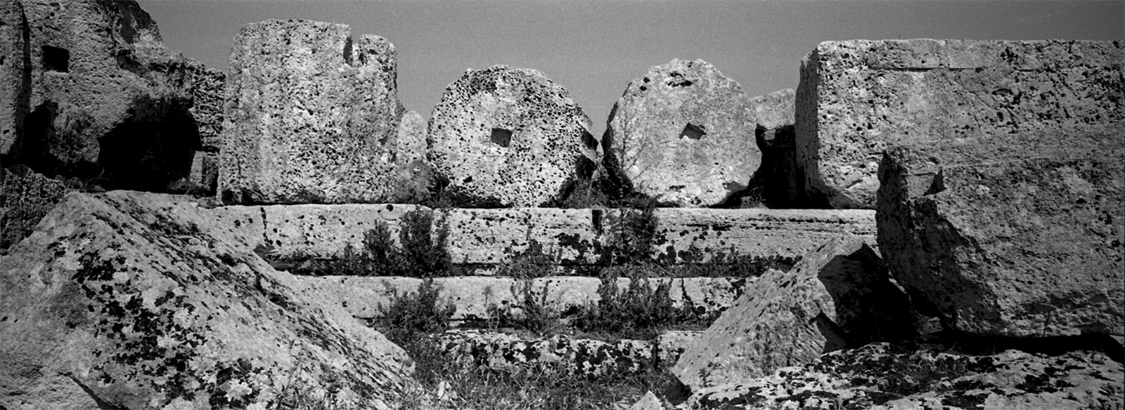 Art and Documentary Photography - Loading Archeologia_in_Sicilia___Fabio_Sgroi_061_.jpg