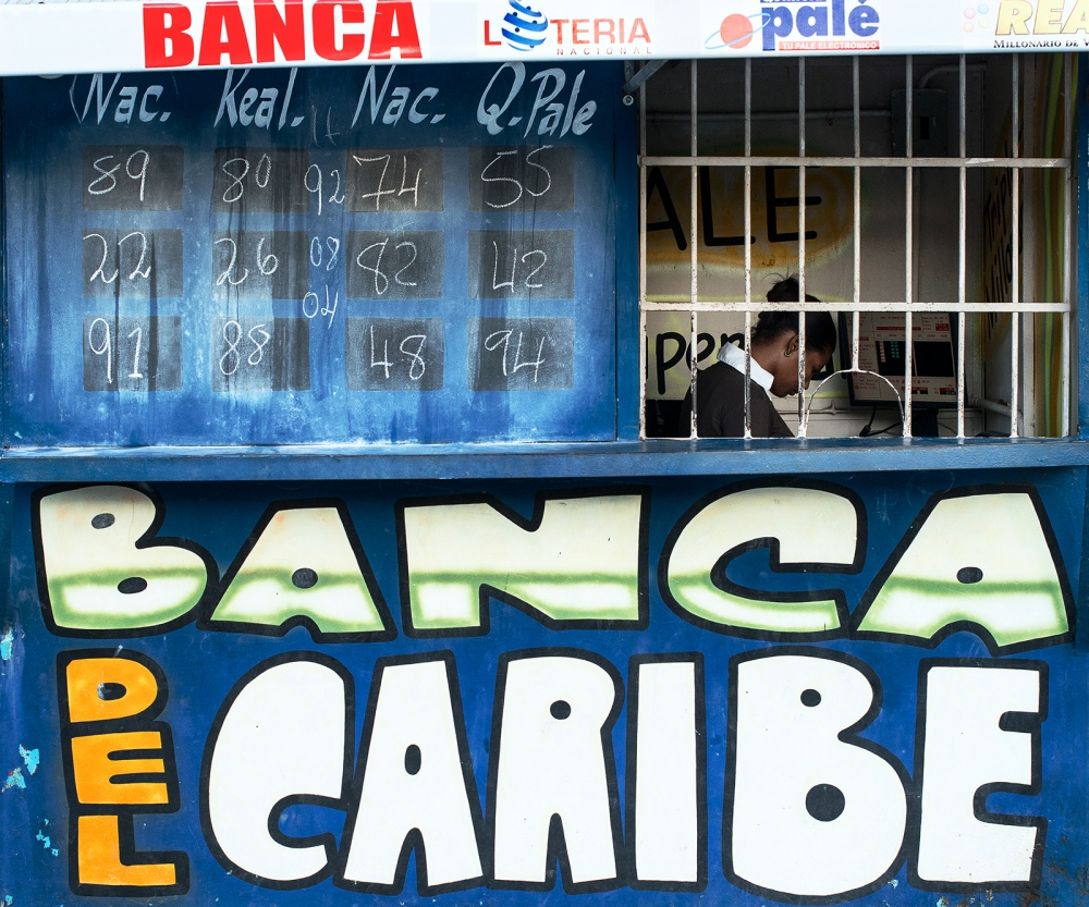 Photography image - Loading banco_del_caribe.jpg