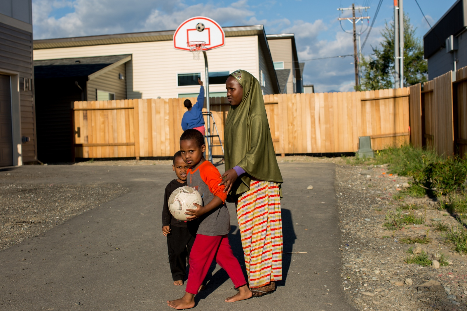 Children playing in Mountain View. The northeast Anchorage neighborhood of Mountain View has been recently named the most diverse in the nation by census information, but while the area is rich with culture, according to the last census 19% of households are living below the poverty line. As with most areas experiencing poverty, Mountain View experiences more crime than more affluent neighborhoods in the city.