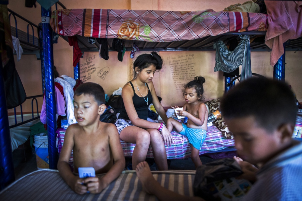 Art and Documentary Photography - Loading Childmigration_015.JPG