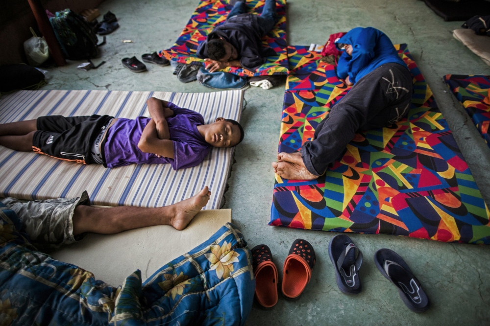 Art and Documentary Photography - Loading Childmigration_020.JPG