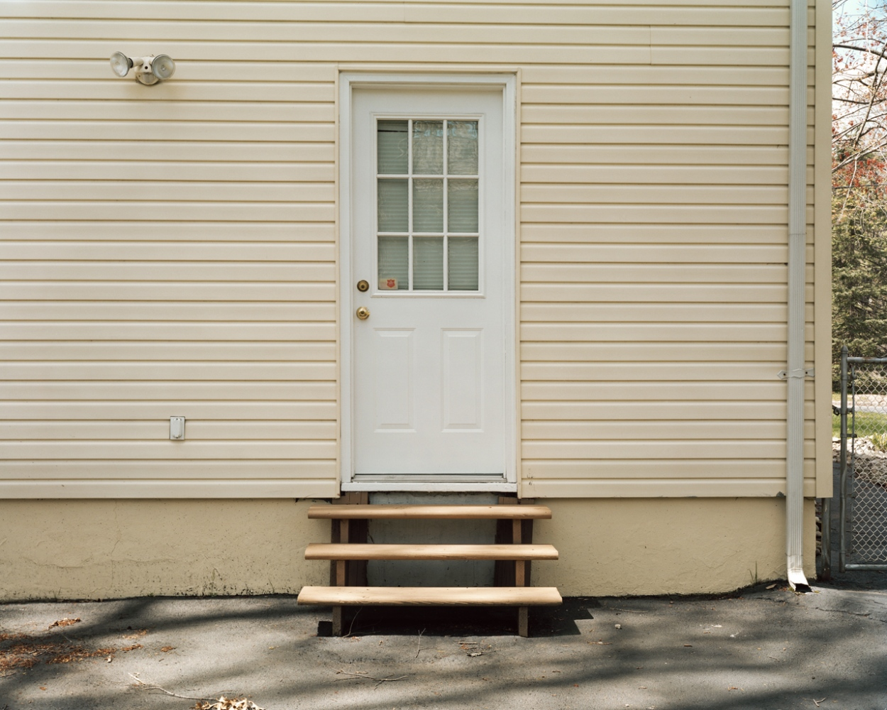 Art and Documentary Photography - Loading backdoor.jpg