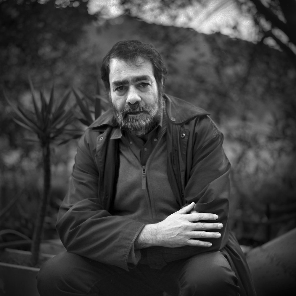 Joan Fontcuberta (Barcelona, 1955), awarded in 1998. Artist, essayist, critic, teacher and artpromoter specializing in photography. His extensive photographic work is characterized by the use of computer tools in their treatment and presentation interactively with the audience. Like other contemporary artists, it represents a critical view of reality, photographic, historical or fictitious truths through photography and its context.