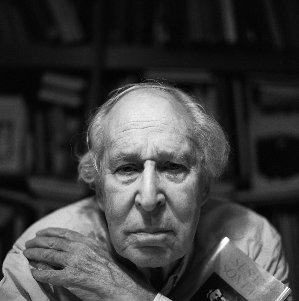 Alberto Schommer (Vitoria, 1928 - San Sebastián, 2015), awarded in 2013. Anotherinternational artists. A close friend of Warhol and Susan Sontag,his work represents the entrance to the forefront of Spanish photography. An active and committed photographer until his death.