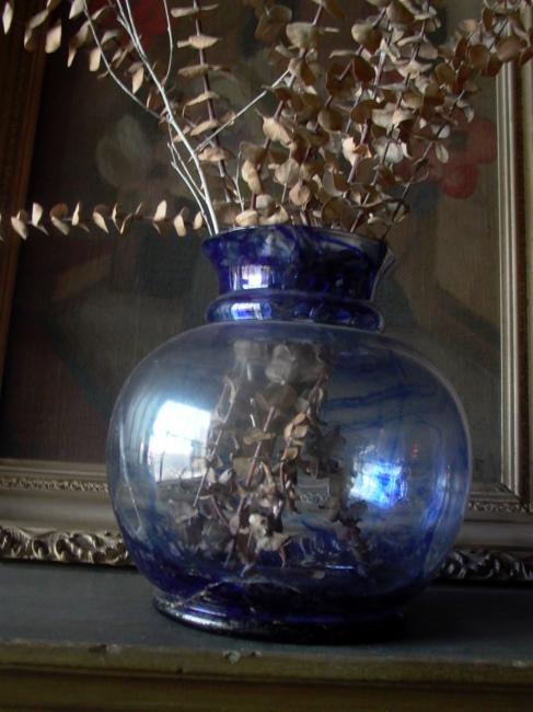 Photography image - Loading 2_ew_8_blue_vase.jpg