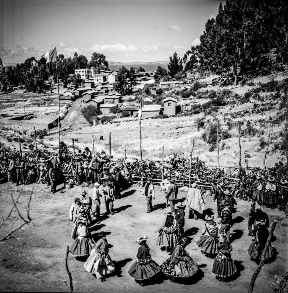 Art and Documentary Photography - Loading altiplano127.JPG