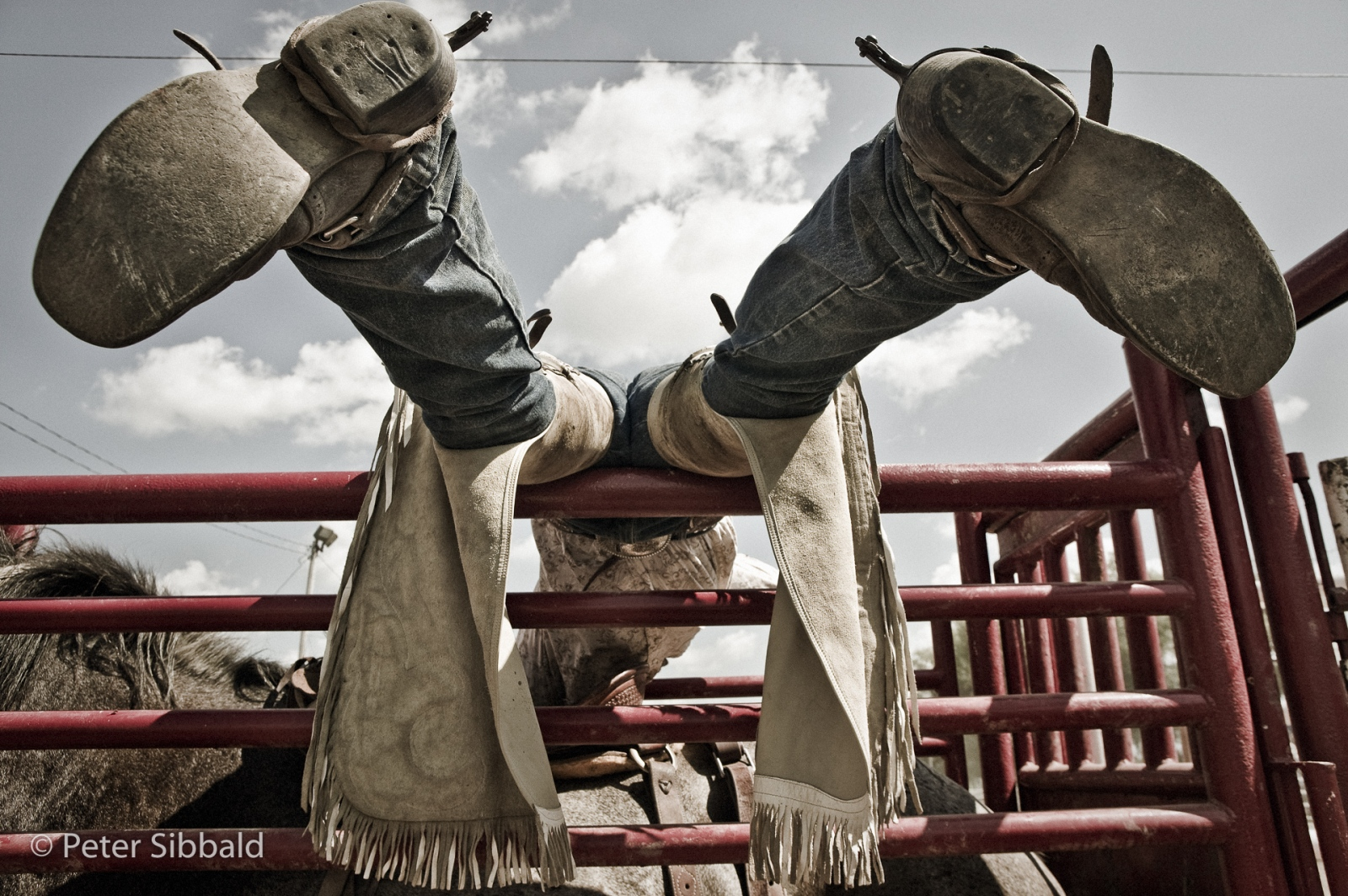 Art and Documentary Photography - Loading 025-rodeo_caledonia20080817_0305-Edit-3.jpg