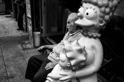 Marge, Maggie and Homer?, NYC