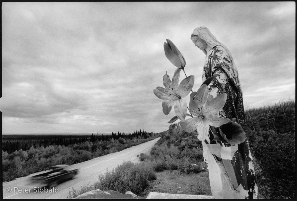 Photography image - Loading 001-virgin_mary_on_highway-rev.jpg