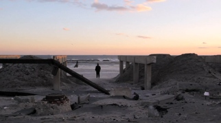 Photography image - Loading Surfing_After_Sandy.jpg