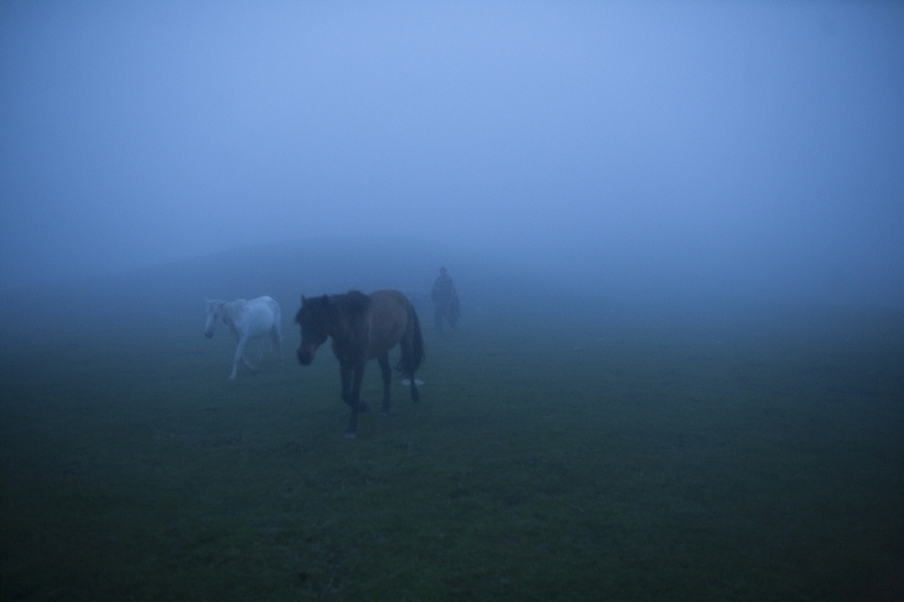 Art and Documentary Photography - Loading Nomads_(27).jpg