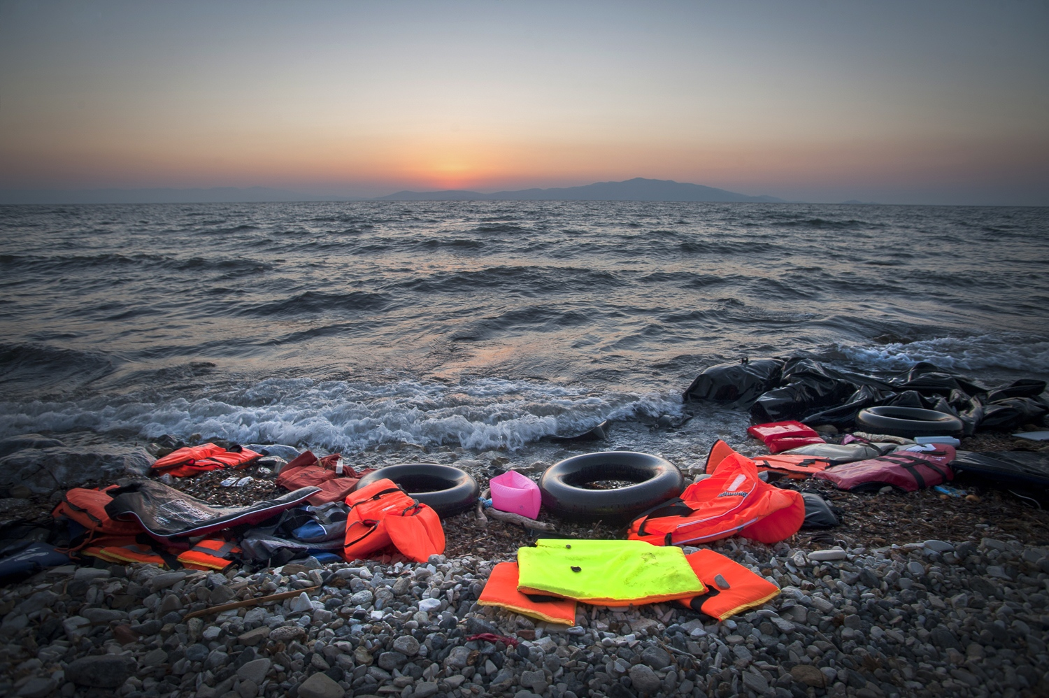 "The International Organisation for Migration put the total number of migrant deaths on the Mediterranean sea routes to Europe have surpassed 3,329 in the first ten months of 2015. Greece's Kelly Namia from IOM said: ""The tragedy in the Mediterranean has no end,"""
