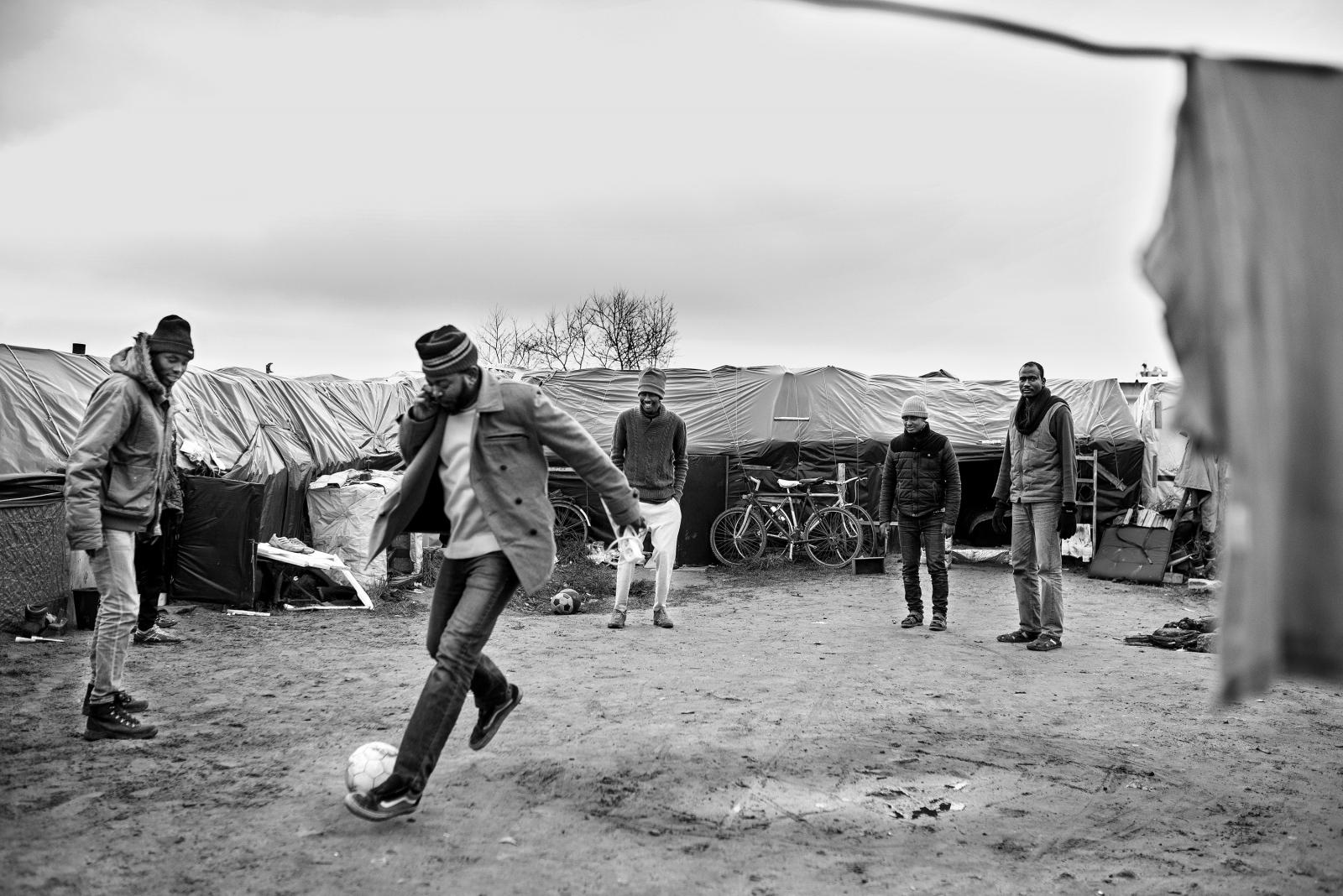 Art and Documentary Photography - Loading The_Zaghawa_of_Sudan_-_Maurizio_Martorana__14.jpg