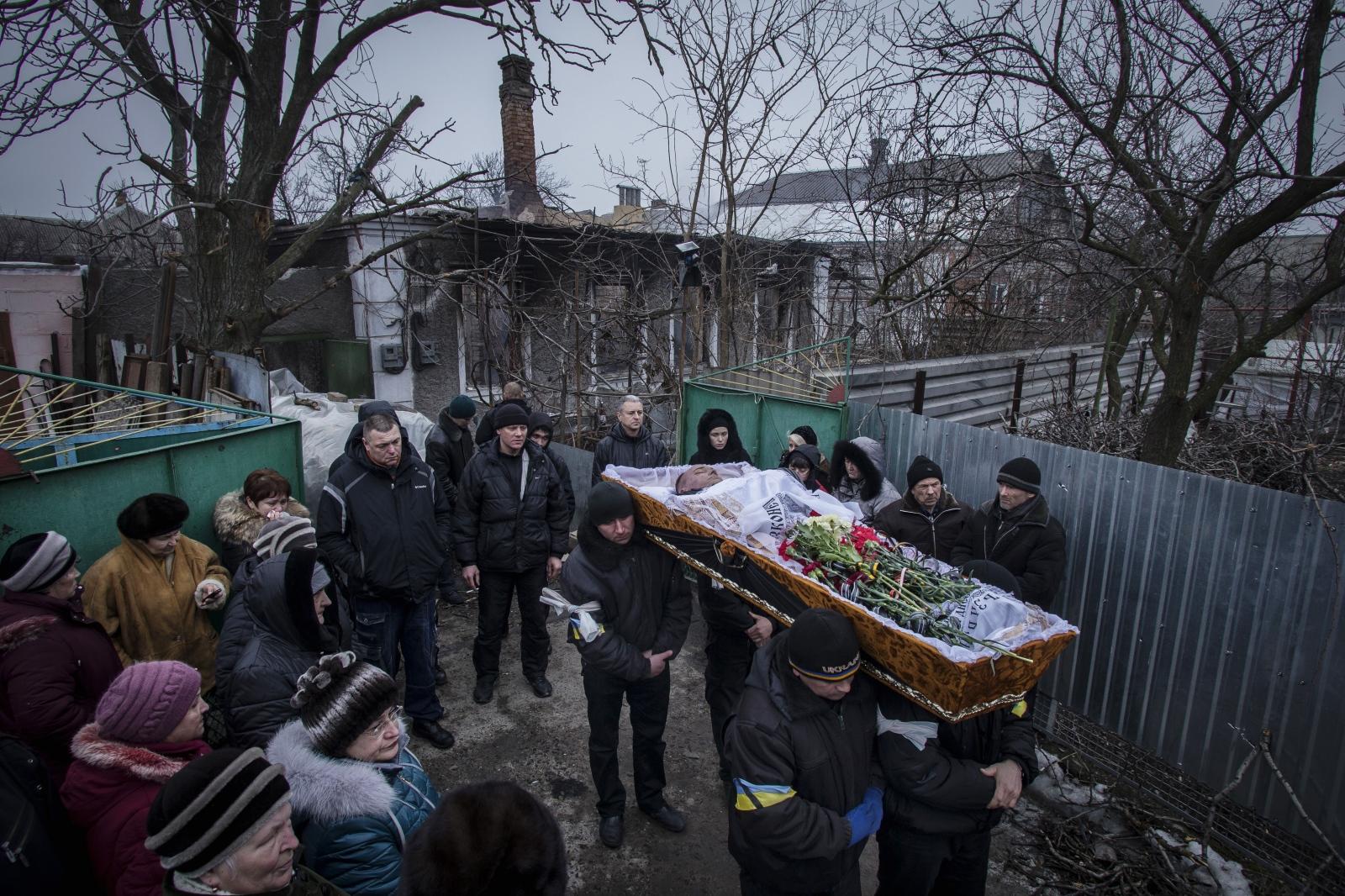 Art and Documentary Photography - Loading DmitriBeliakov-Ukraine_010.JPG
