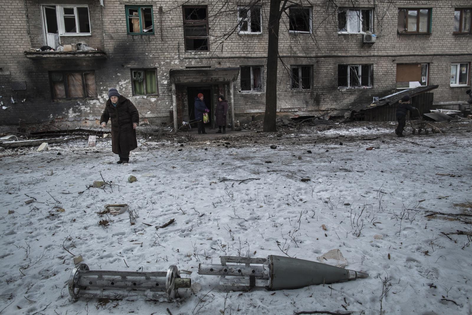 Art and Documentary Photography - Loading DmitriBeliakov-Ukraine_013.JPG