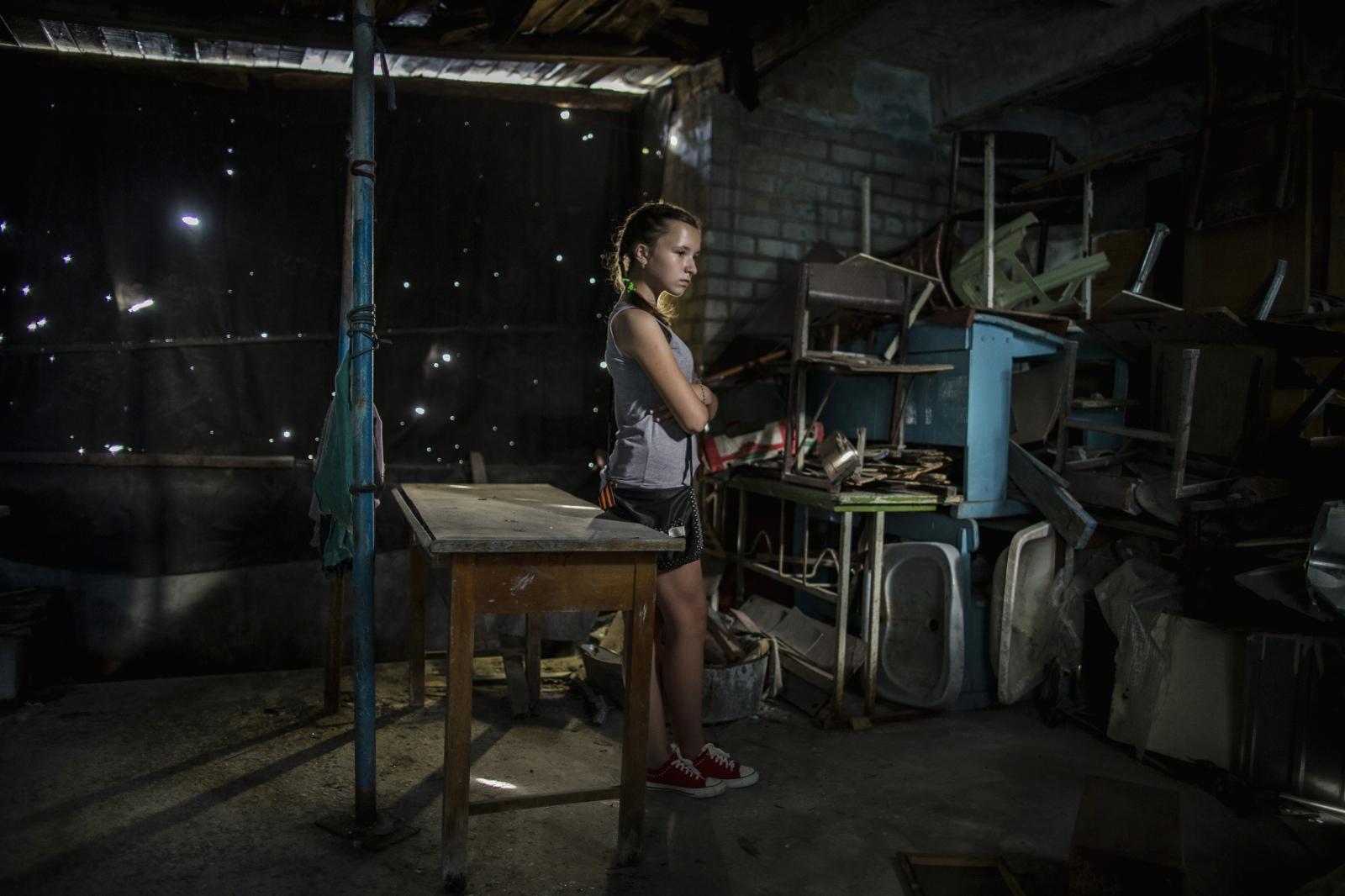Art and Documentary Photography - Loading DmitriBeliakov-Ukraine_030.JPG