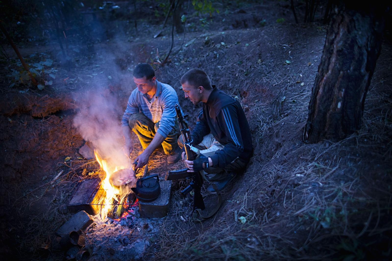 Art and Documentary Photography - Loading DmitriBeliakov-Ukraine_037.JPG