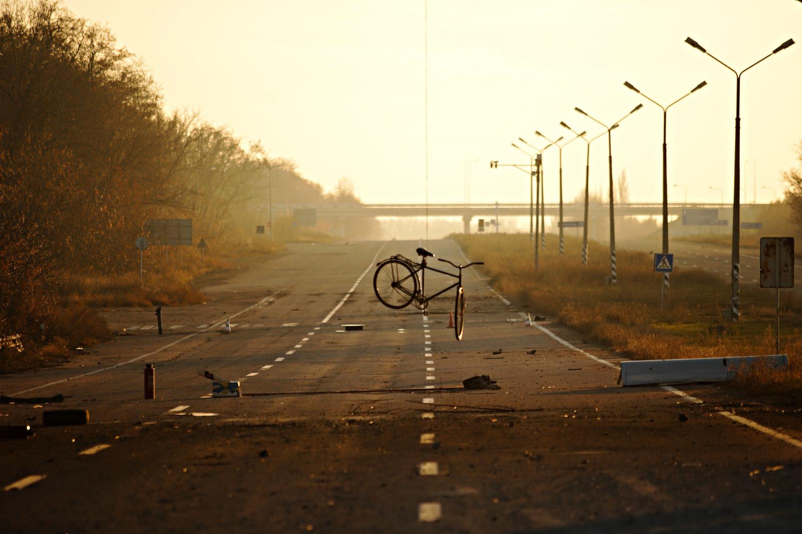 Art and Documentary Photography - Loading DmitriBeliakov-Ukraine_039.JPG