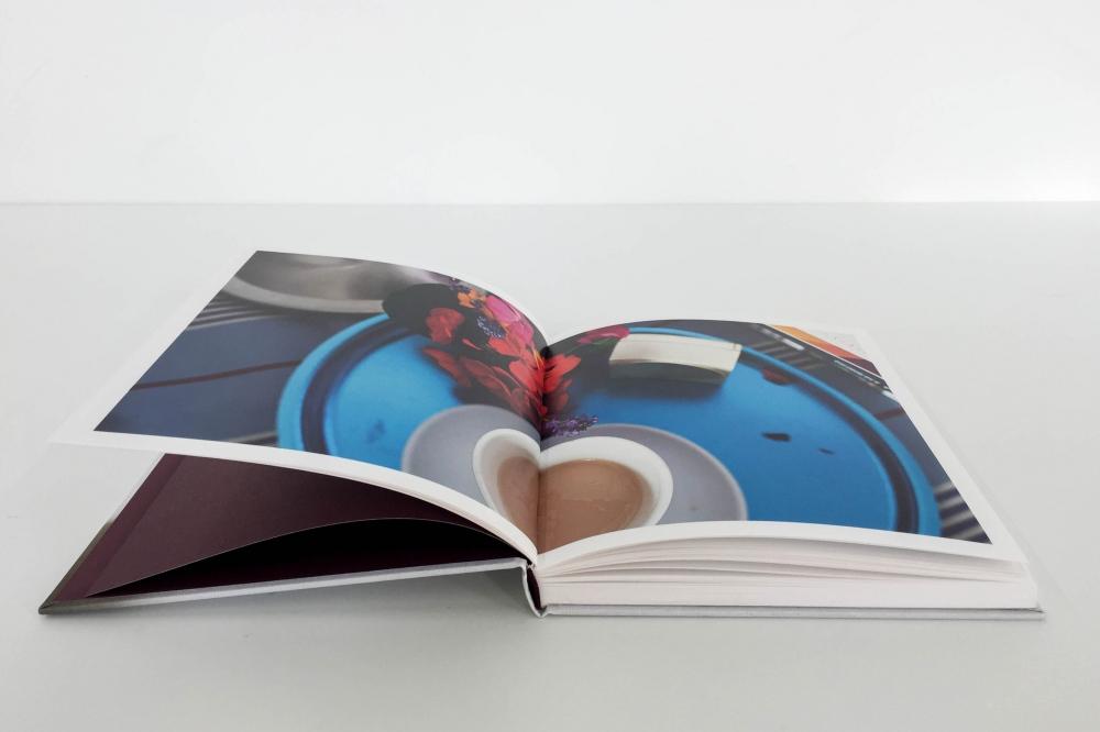 Photography image - Loading CelineMarchbank_TulipBook-5.jpg