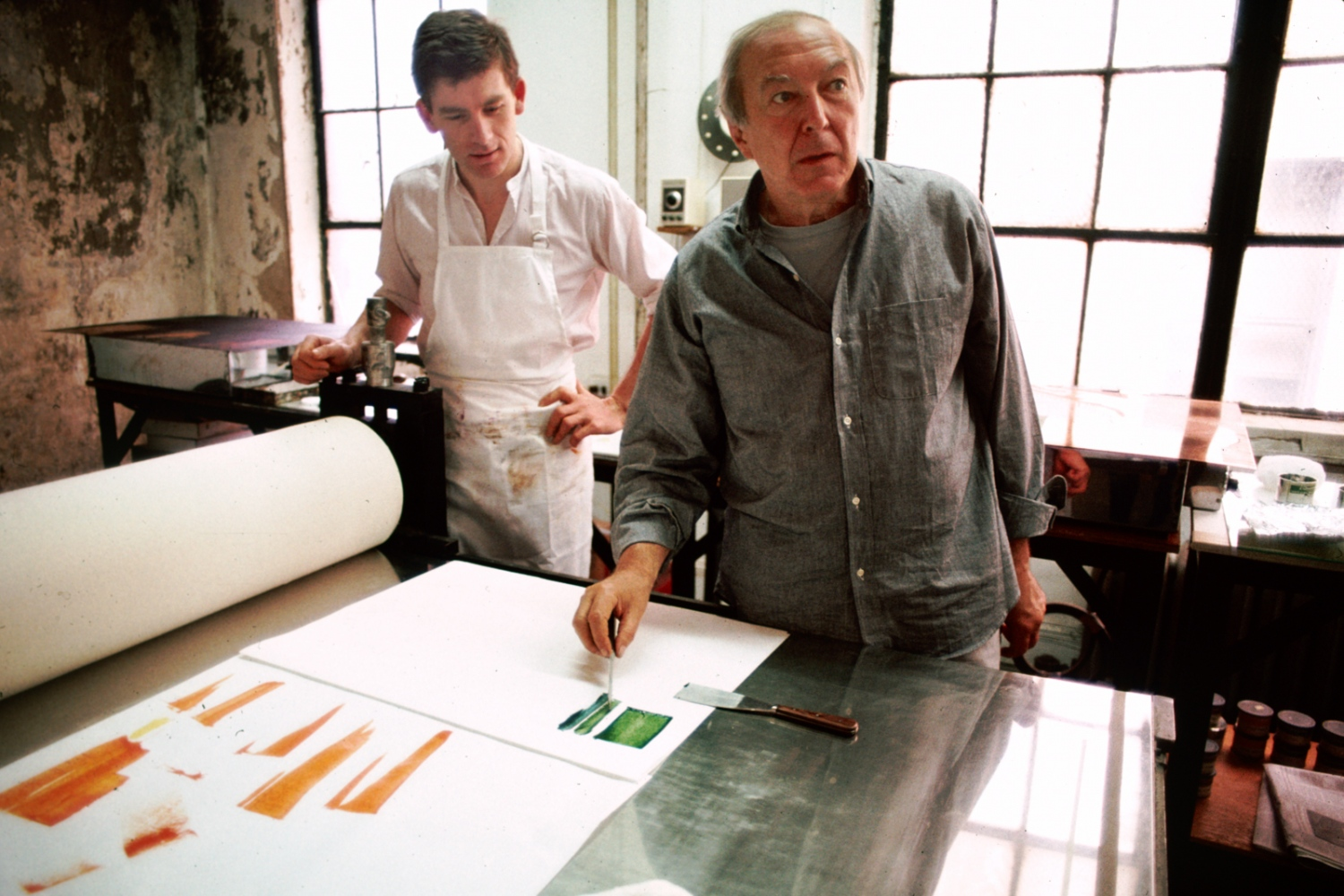 Jasper Johns in his studio with assistant James Meyer, New York City 1985