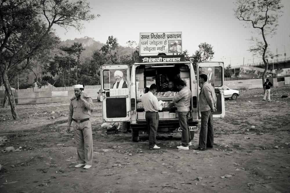 Art and Documentary Photography - Loading IMG_1433.jpg