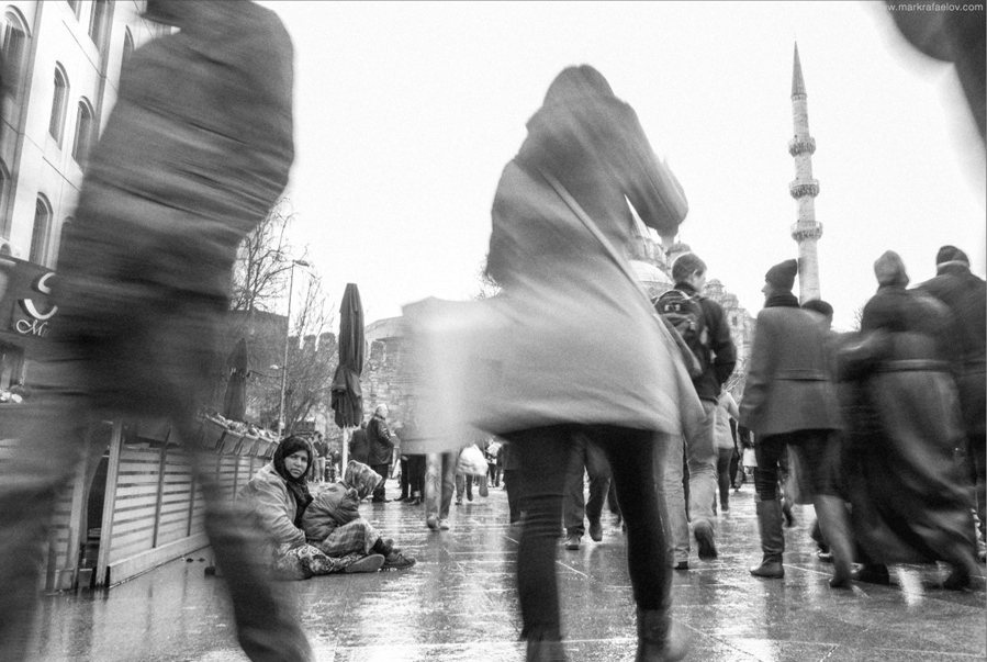 Art and Documentary Photography - Loading Istanbul2015.markrafaelov-6.jpg