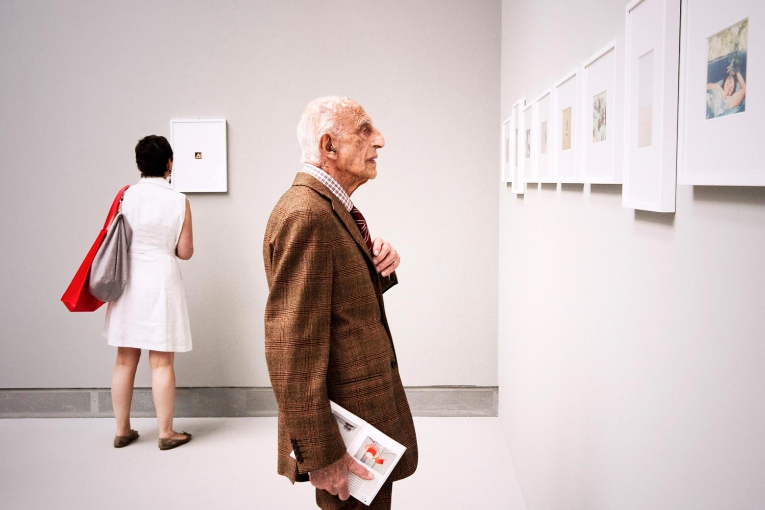 Art and Documentary Photography - Loading dorfles_Biennale_stanzaGhirri.jpg