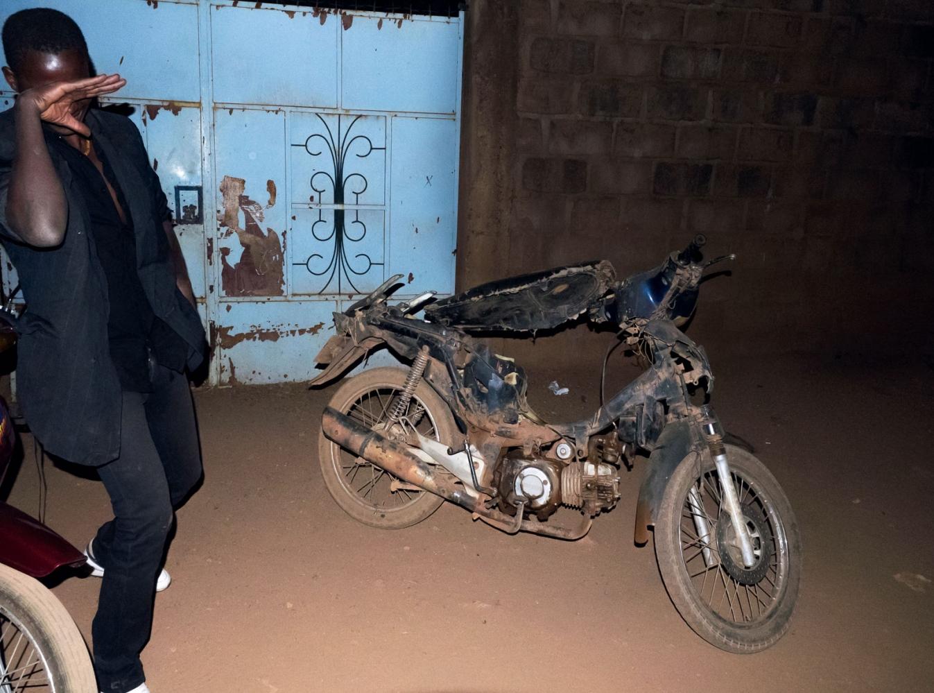 Art and Documentary Photography - Loading Ouaga_la_nuit-05.JPG