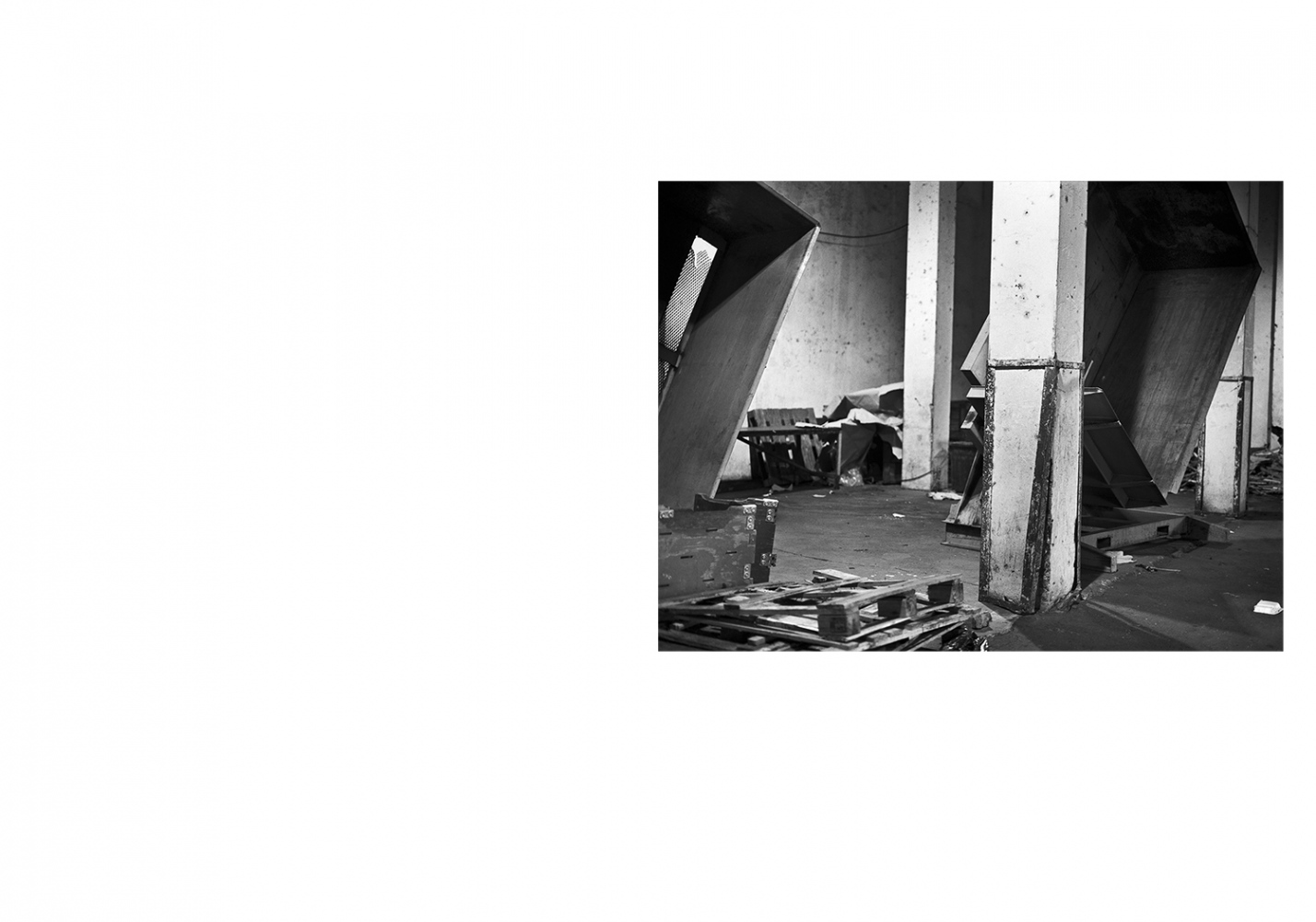 Art and Documentary Photography - Loading Residues_book_layout_031.jpg
