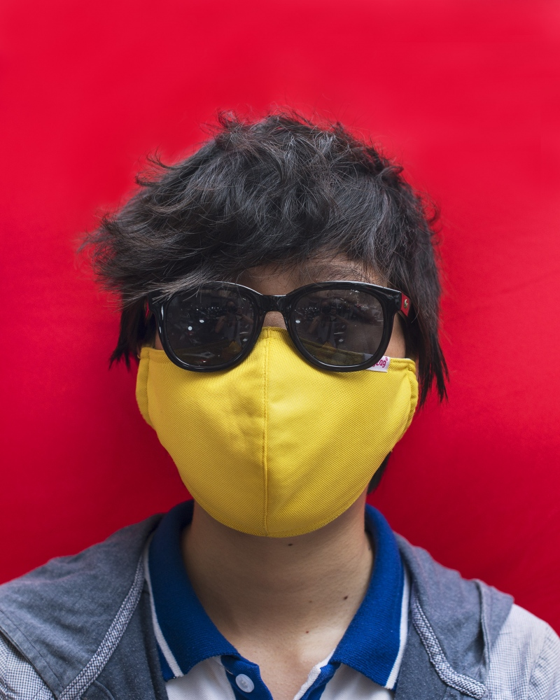Art and Documentary Photography - Loading _DSC2856_yellow_mask_and_sunglasses.jpg