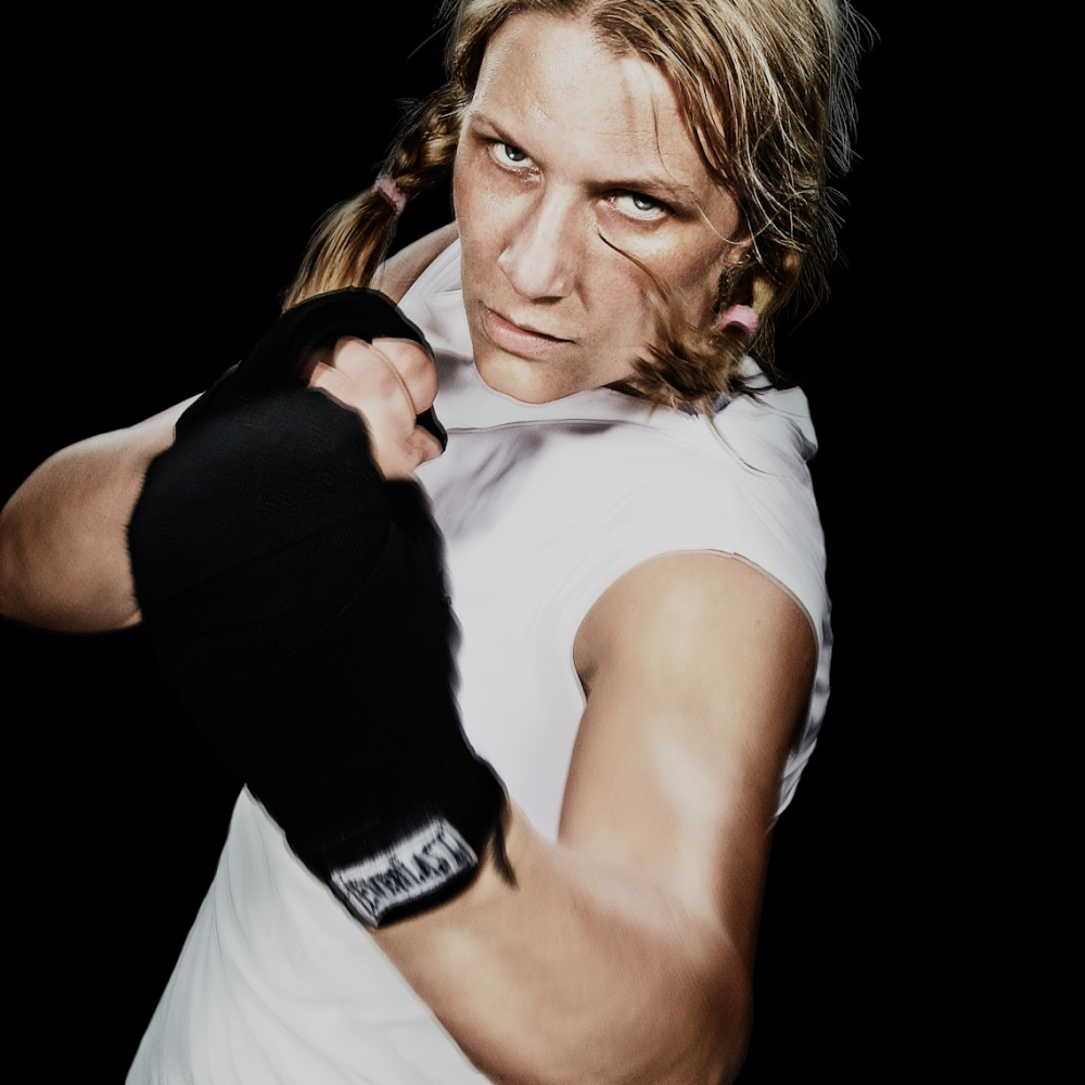 Art and Documentary Photography - Loading boxing_ladies-2.JPG