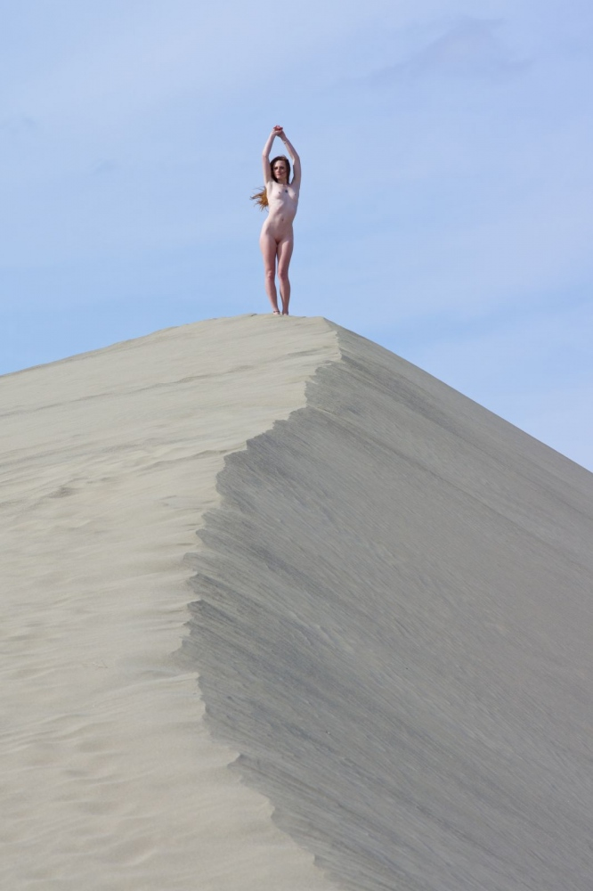 Art and Documentary Photography - Loading Rakesh-Vanna-Noel-Sand-Dune.jpg