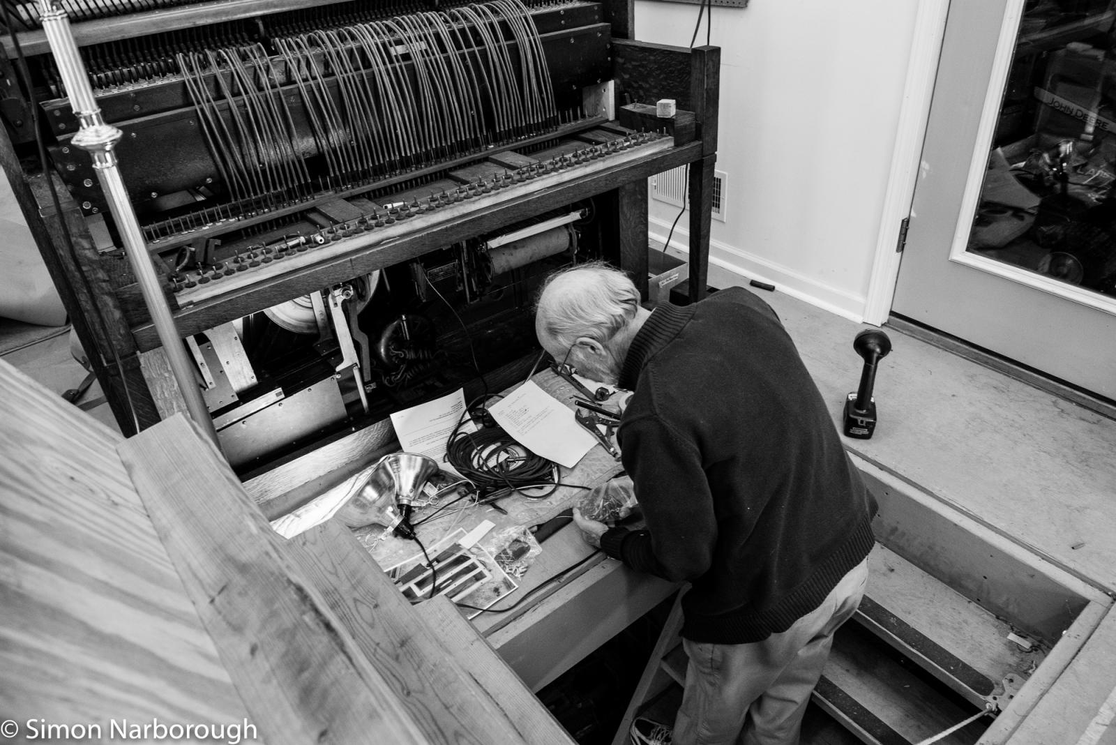 Art and Documentary Photography - Loading SimonN-186.JPG