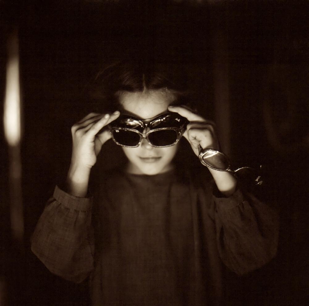 Photography image - Loading Dorothy___Sunglasses.jpg