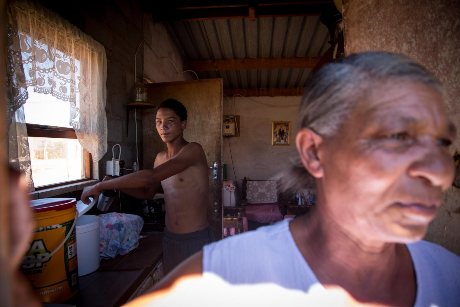 Art and Documentary Photography - Loading Nathalie_Bertrams_die.kas_34.jpg