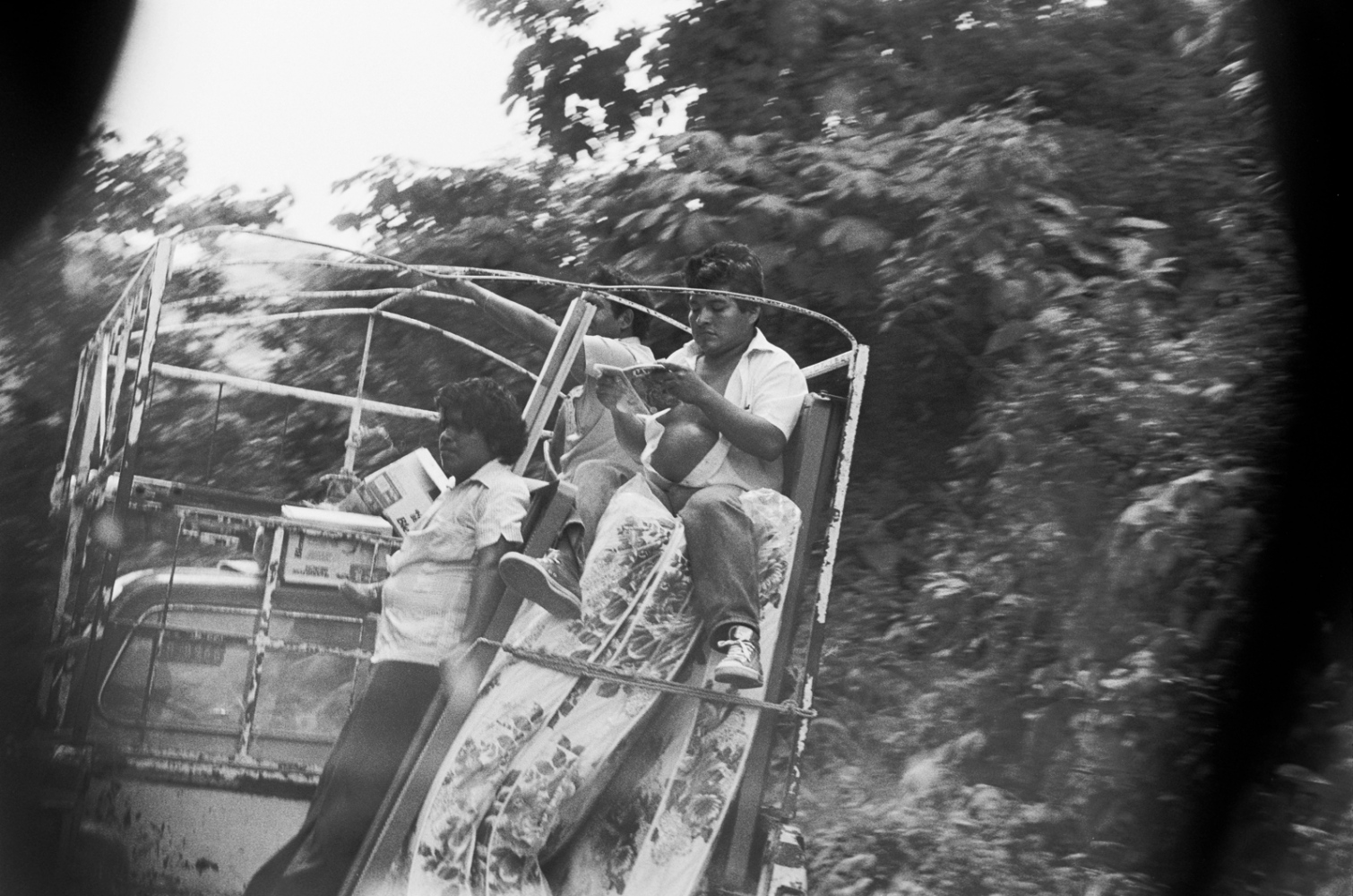 Art and Documentary Photography - Loading Camino_a_Ozuluama88__sdeswaan.jpg