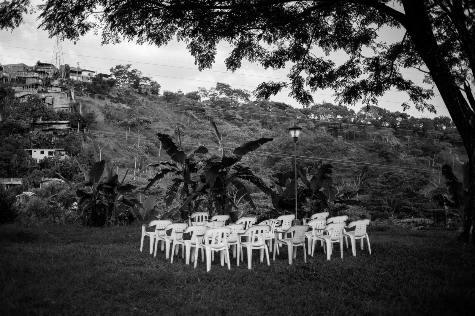 Art and Documentary Photography - Loading Emily_Macinnes_01.jpg