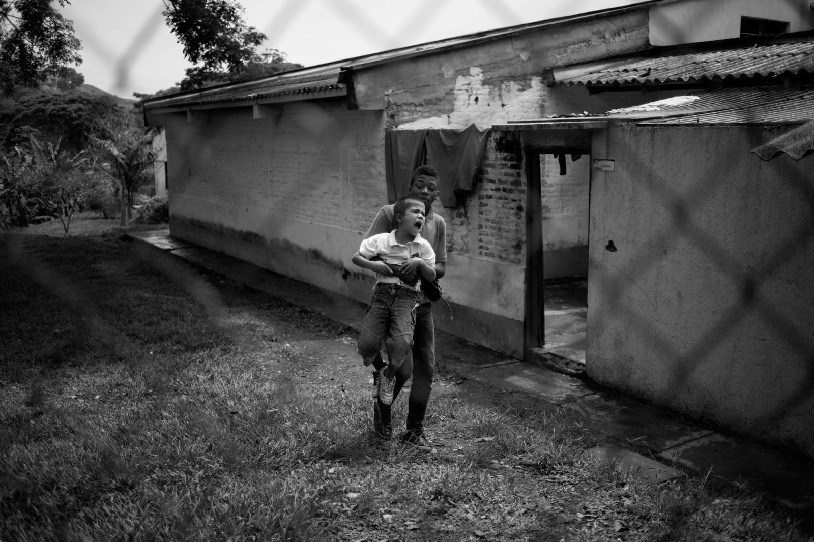 Art and Documentary Photography - Loading Emily_Macinnes_12.jpg