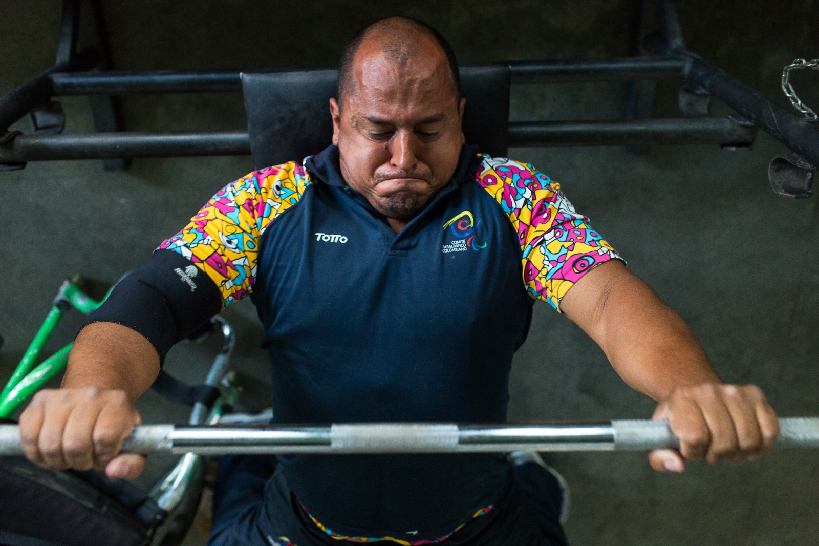 Joe Gonzalez Bettencourt, 38, lifts weight during a gym session at Atanasio Girardot Stadium, Medellin, 8th March, 2016.
