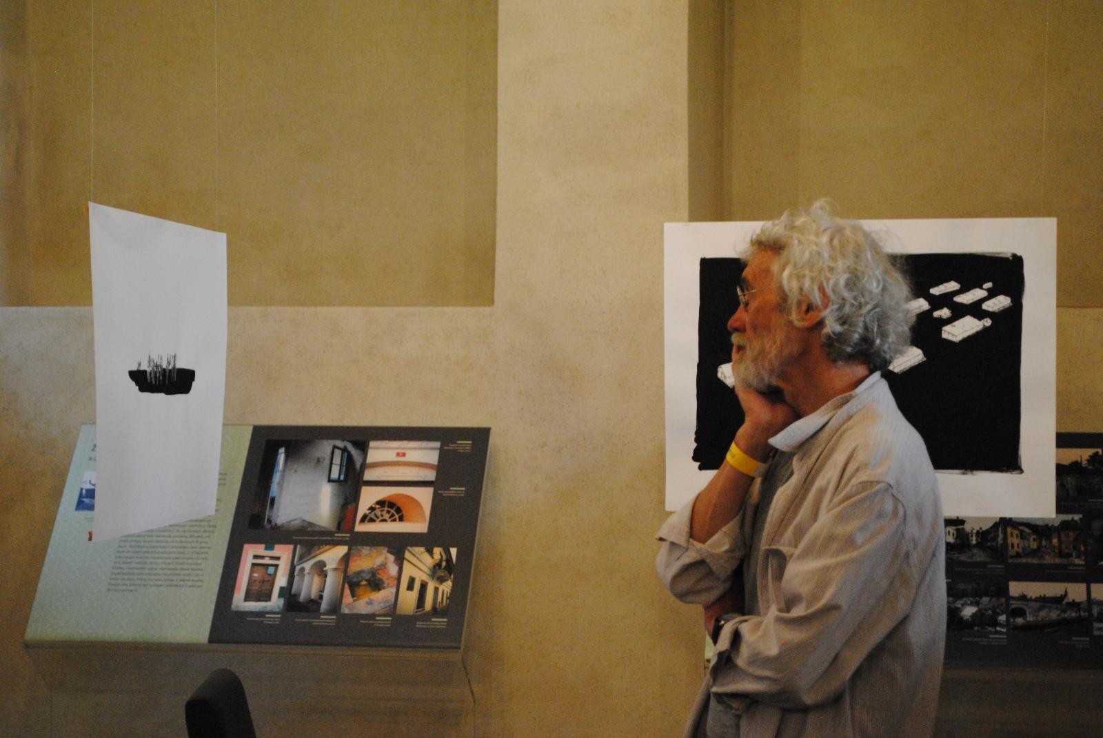 Art and Documentary Photography - Loading DSC_0209.JPG
