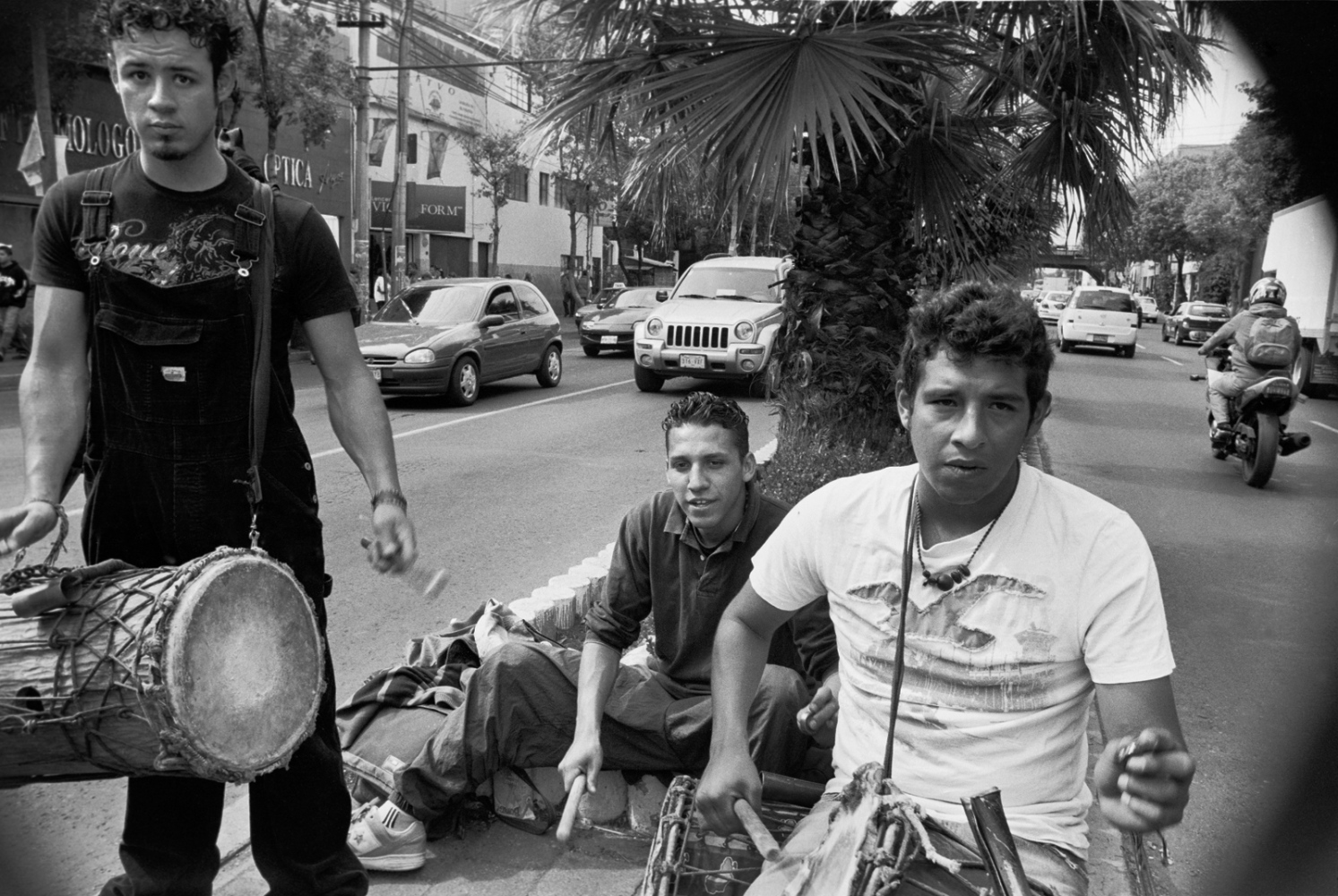 Art and Documentary Photography - Loading StreetMusic__Mexico__D.F.2010.jpg