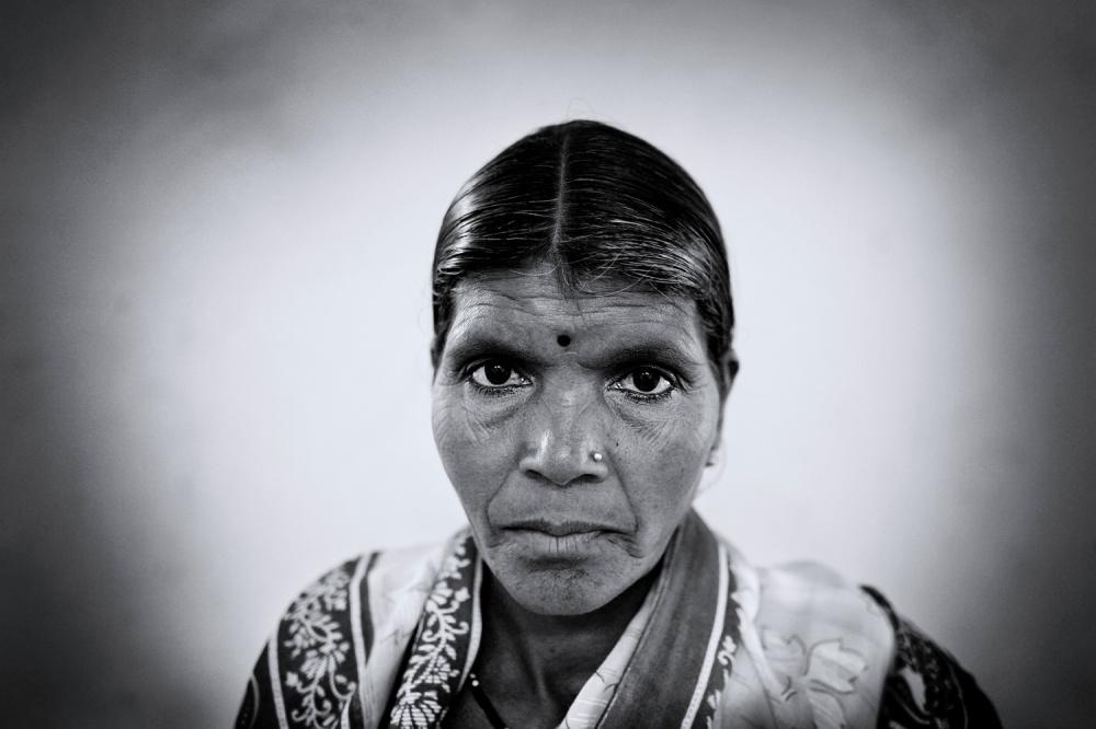 Art and Documentary Photography - Loading d.jpg